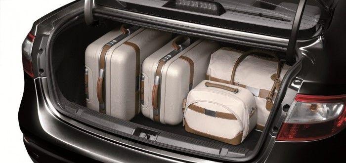 Cómo equipar el baúl del auto para viajar